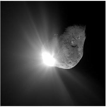 В процессе вытекания расплавленных масс вещества оболочки кометы